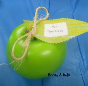 teacher appreciation week apples decor